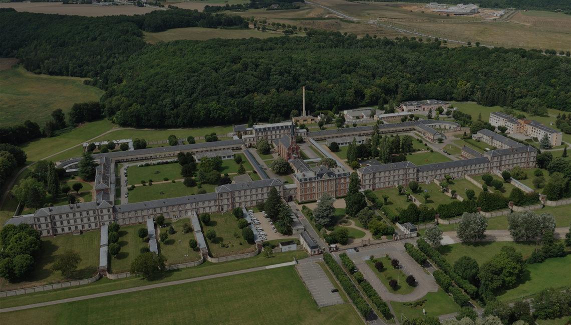 Vue aérienne du NNouvel Hôpitald e Navarre dans les années 2000 - Histoire de l'hôpital
